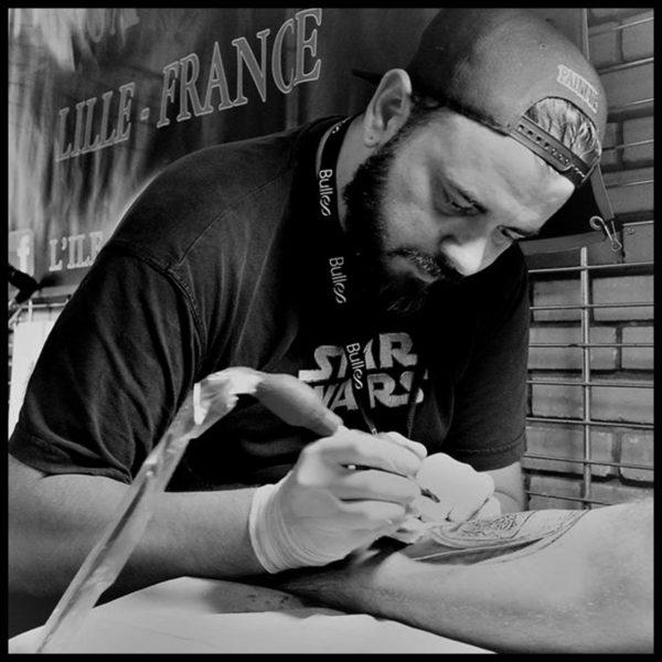 Aleks-Lîle-aux-tatouages-France-international-lille-tattoo-convention-2020-artistes-tatoueurs-2